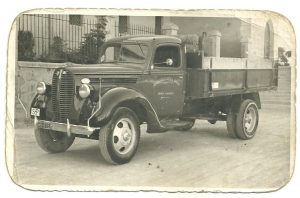 sal riera camion antiguo
